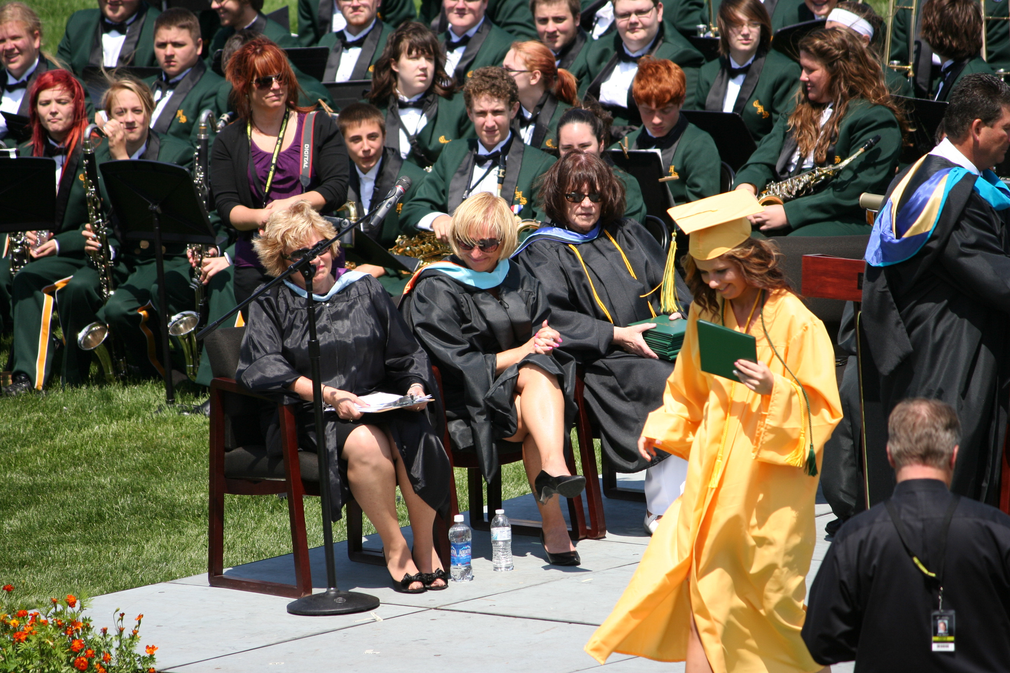 on my graduation day Check out on my graduation day by children of nyps 24 on amazon music stream ad-free or purchase cd's and mp3s now on amazoncom.